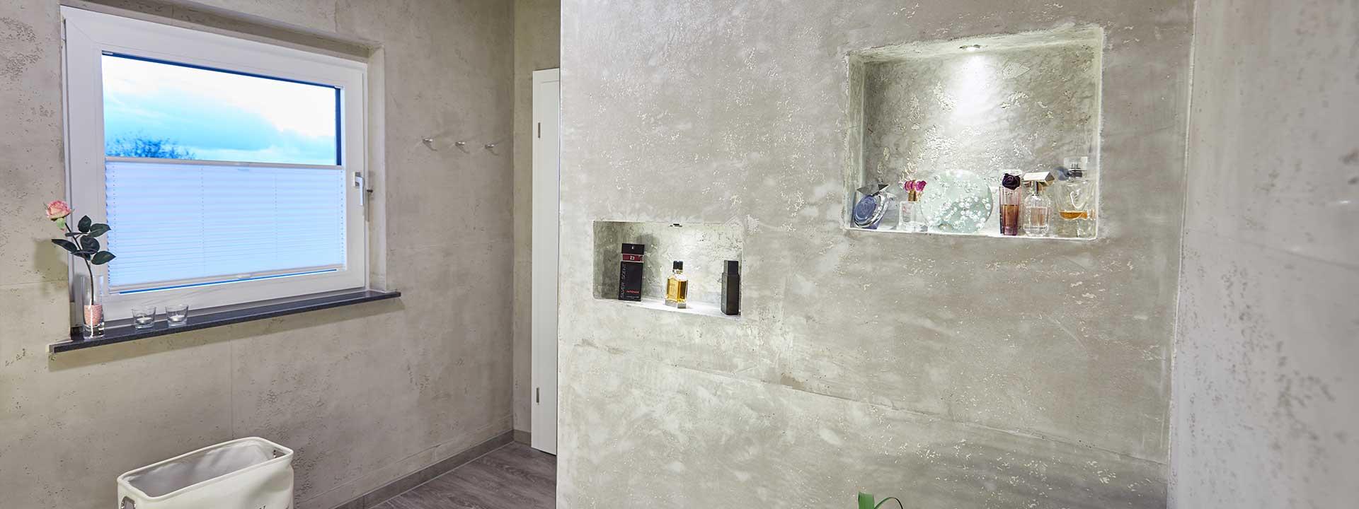 Müller & Weißling - Detailansicht einer Deko-Wand mit Einlass